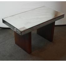 Table basse Art Déco dessus verre de MENNET