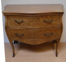 Commode Louis XV marquetée, en bois de