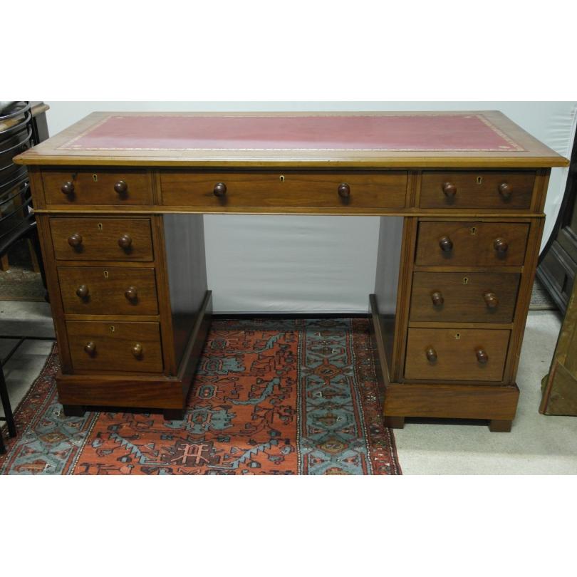bureau anglais en acajou dessus cuir sur moinat sa antiquit s d coration. Black Bedroom Furniture Sets. Home Design Ideas