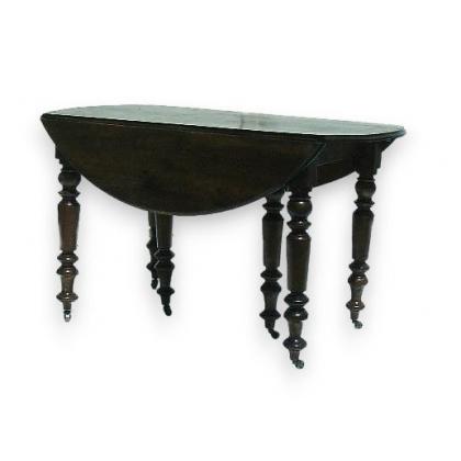 Table Louis-Philippe avec abattants et rallonges.