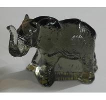 Éléphant en verre Svenskt Glas signé P.