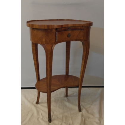 Chevet rognon style Louis XV en bois de