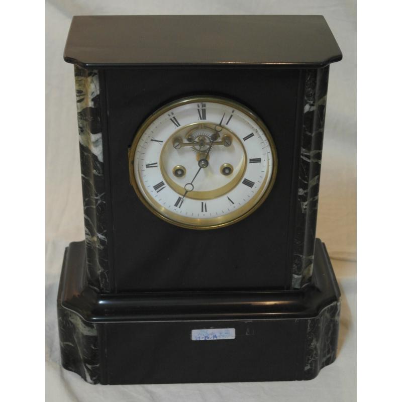 pendule napol on iii en marbre noir sur moinat sa antiquit s d coration. Black Bedroom Furniture Sets. Home Design Ideas
