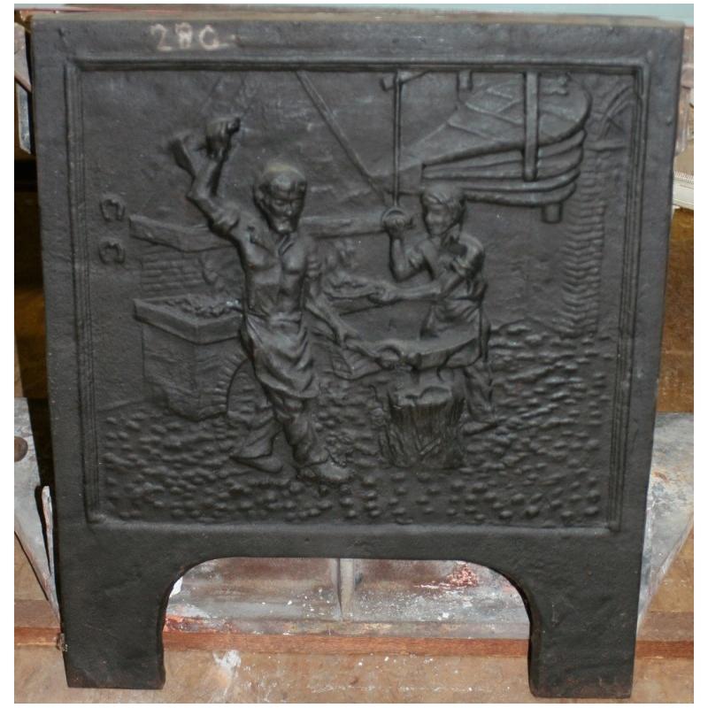 plaque de chemin e en fonte forgeron sur moinat sa antiquit s d coration. Black Bedroom Furniture Sets. Home Design Ideas