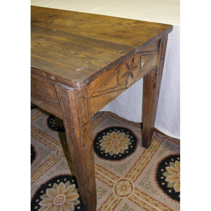 table p trin en bois sculpt sur moinat sa antiquit s d coration. Black Bedroom Furniture Sets. Home Design Ideas