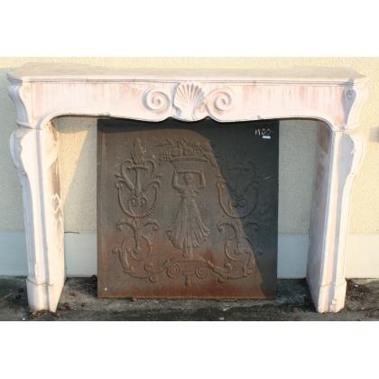 Cheminée Régence en marbre rose