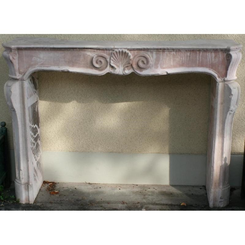 chemin e r gence en marbre rose sur moinat sa antiquit s d coration. Black Bedroom Furniture Sets. Home Design Ideas