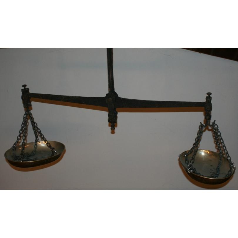 Balance à 2 plateaux