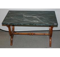 Table basse, pieds Lyre, dessus peint faux marbre