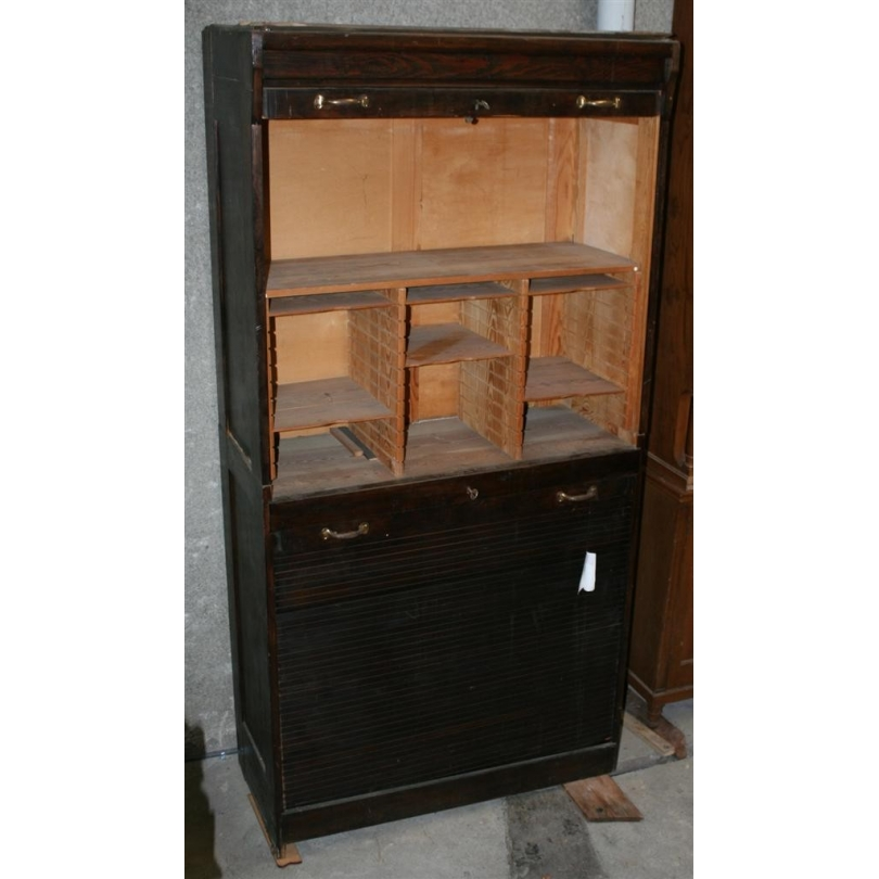 schrank auf rollen in kiefer moinat sa antiquit s d coration. Black Bedroom Furniture Sets. Home Design Ideas