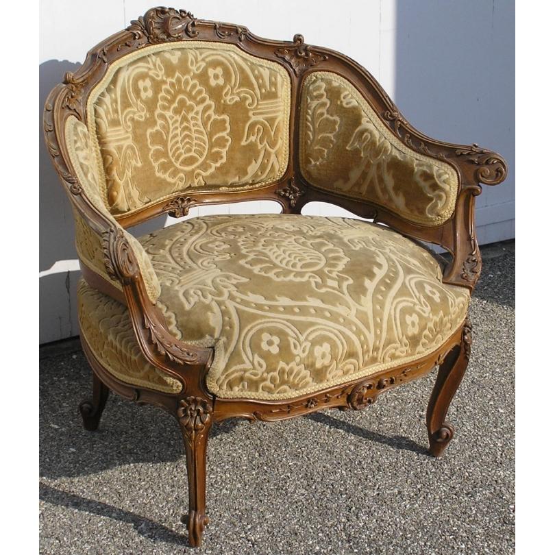 fauteuil napol on iii gondole richement sur moinat sa antiquit s d coration. Black Bedroom Furniture Sets. Home Design Ideas