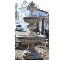 Fontaine en pierre de Vicenza à 3 étages