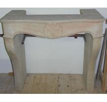 Cheminée style Louis XV en pierre de