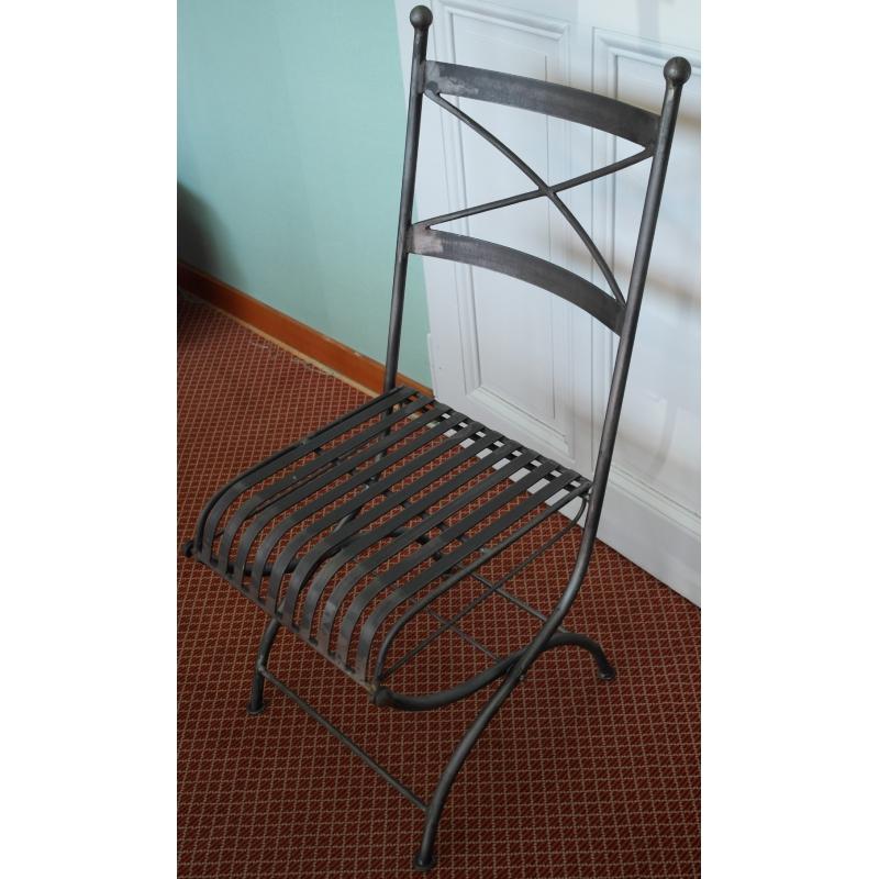 chaise pliante en fer forg mod le sur moinat sa antiquit s d coration. Black Bedroom Furniture Sets. Home Design Ideas