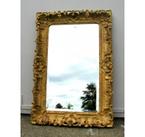 Mirror Regency carved and gilded.