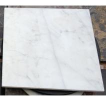 Petit plateau de chevet carré en marbre
