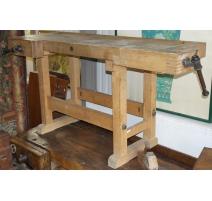 Established carpenter