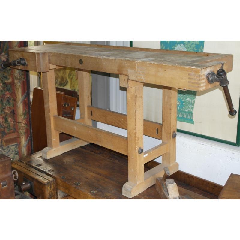 tabli de menuisier sur moinat sa antiquit s d coration. Black Bedroom Furniture Sets. Home Design Ideas