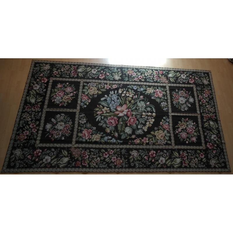 tapis au petit point fait main fond sur moinat sa antiquit s d coration. Black Bedroom Furniture Sets. Home Design Ideas