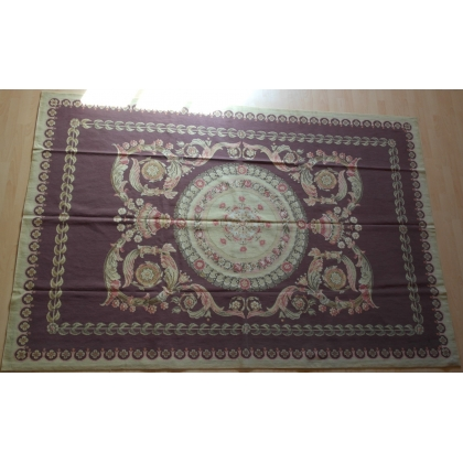 Tapis à petit point (fait main), fond
