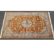 Tapis pakistanais orange et rose