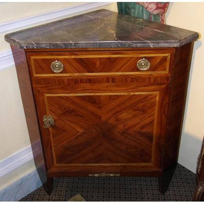 Encoignure Louis XVI à 1 porte en bois