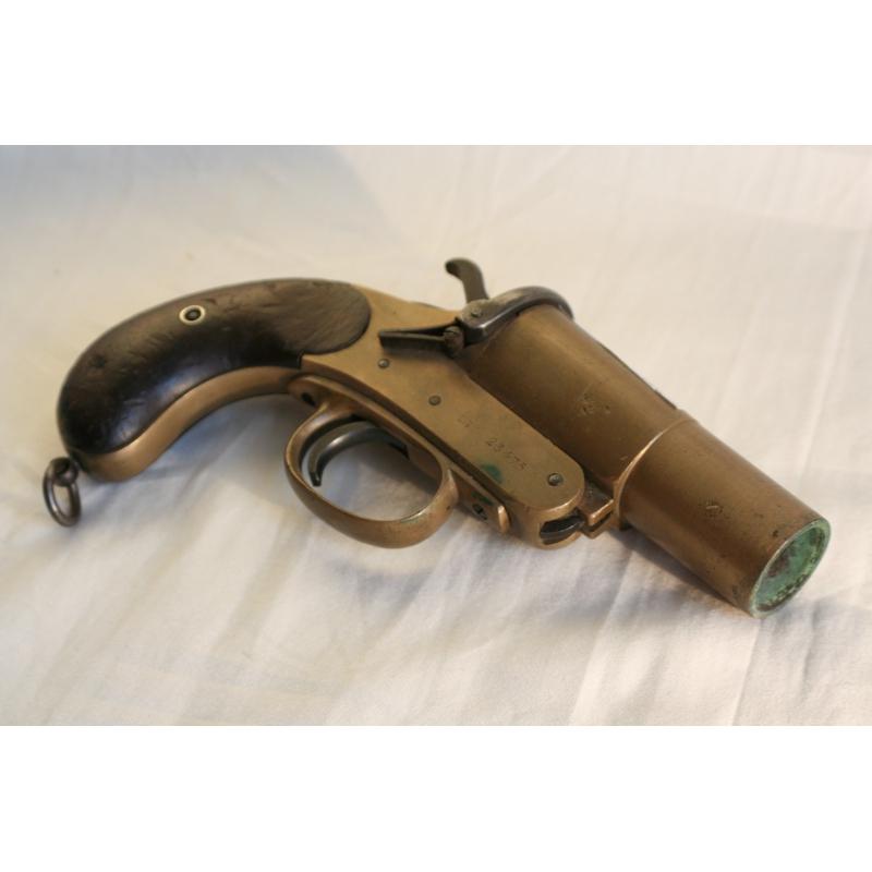 Pistolet fus e de d tresse de webley sur moinat sa for Pistolet de decoration