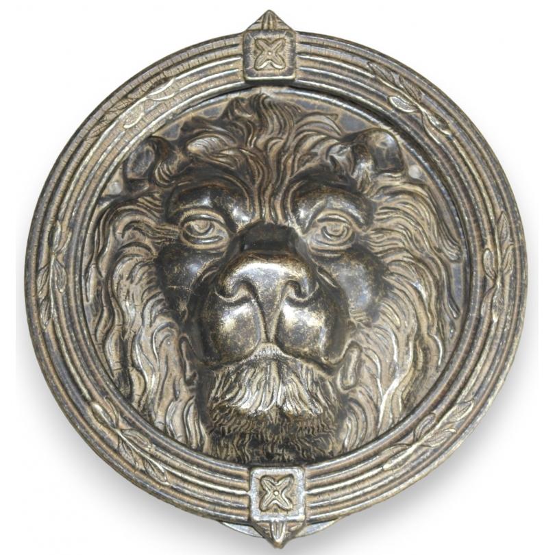 Heurtoir rond t te de lion en laiton sur moinat sa antiquit s d coration - Heurtoir de porte tete de lion ...