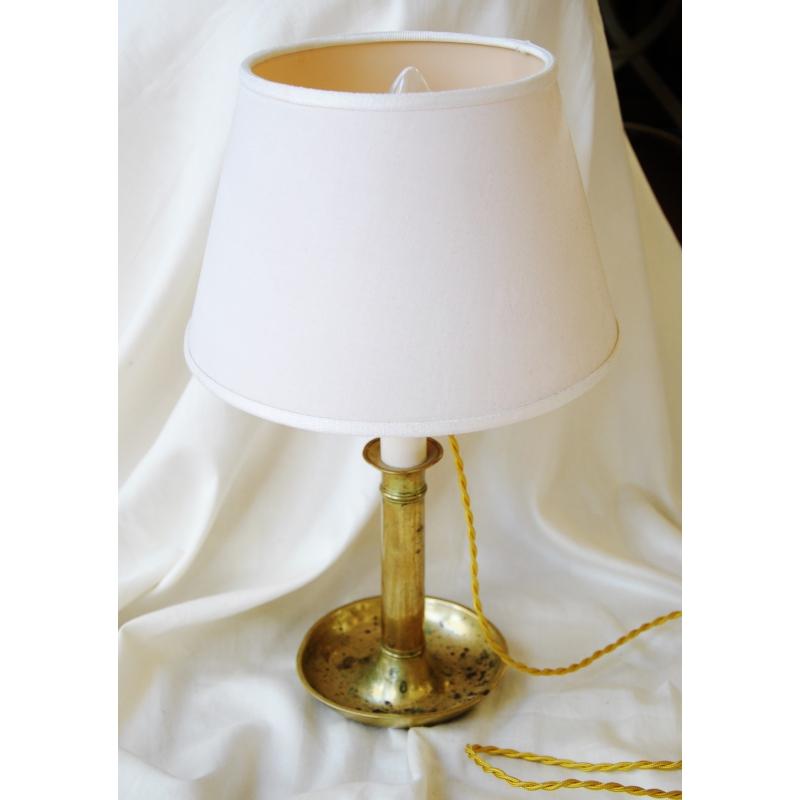 lampe bougeoir en laiton avec abat jour sur moinat sa antiquit s d coration. Black Bedroom Furniture Sets. Home Design Ideas