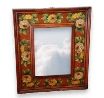 Miroir en bois laqué à motifs floraux