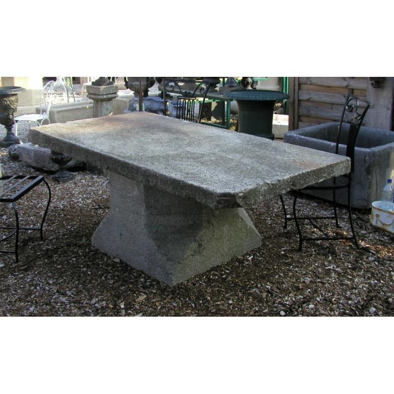 table en granite sur moinat sa antiquit s d coration. Black Bedroom Furniture Sets. Home Design Ideas