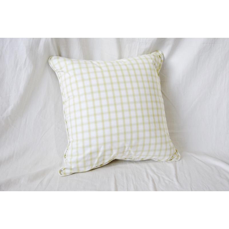 coussin de d coration carreaux vert sur moinat sa antiquit s d coration. Black Bedroom Furniture Sets. Home Design Ideas