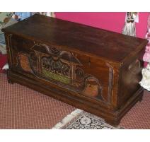 Сейф тайский резной деревянной мебелью и декором