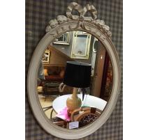 Miroir ovale style Louis XVI en bois