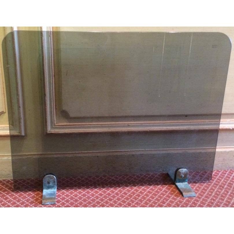 pare feu en verre avec pieds en laiton sur moinat sa. Black Bedroom Furniture Sets. Home Design Ideas