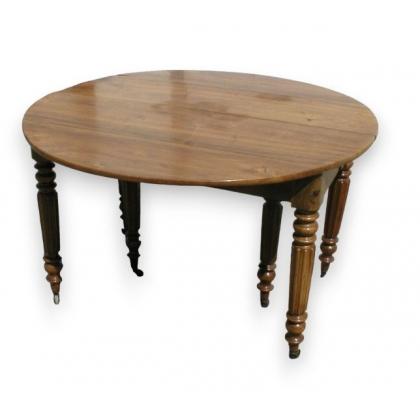 Table de salle à manger Louis-Philippe.