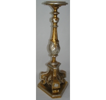 Pique-Cierge en bois sculpté, doré et