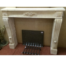 Fireplace in pierre de Richemond style