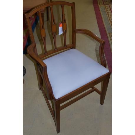 fauteuil barreaux style anglais sur moinat sa. Black Bedroom Furniture Sets. Home Design Ideas