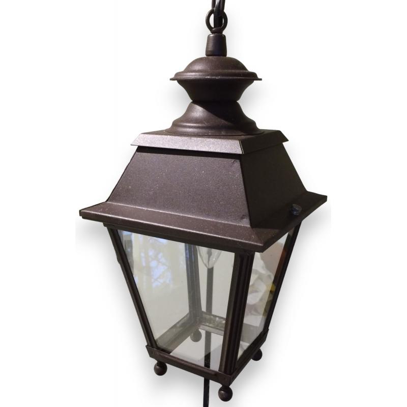 petite lanterne carr e suspendre en sur moinat sa. Black Bedroom Furniture Sets. Home Design Ideas