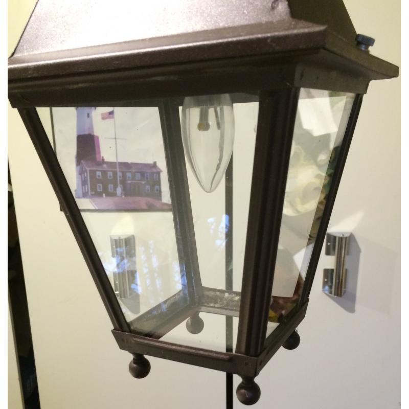 petite lanterne carr e suspendre en sur moinat sa antiquit s d coration. Black Bedroom Furniture Sets. Home Design Ideas