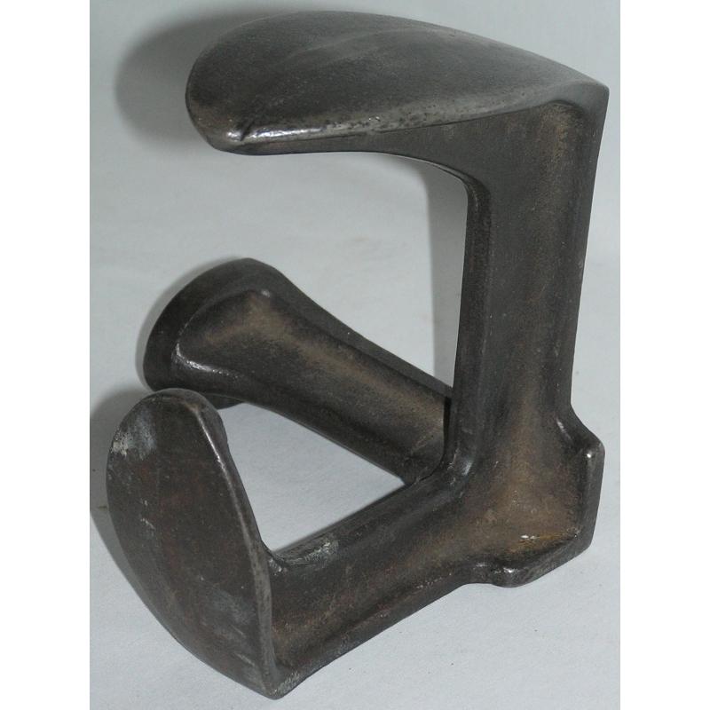pied de fer ou enclume de cordonnier sur moinat sa. Black Bedroom Furniture Sets. Home Design Ideas