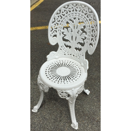 Chaise de jardin en fonte d\'aluminium sur Moinat SA - Antiquités ...