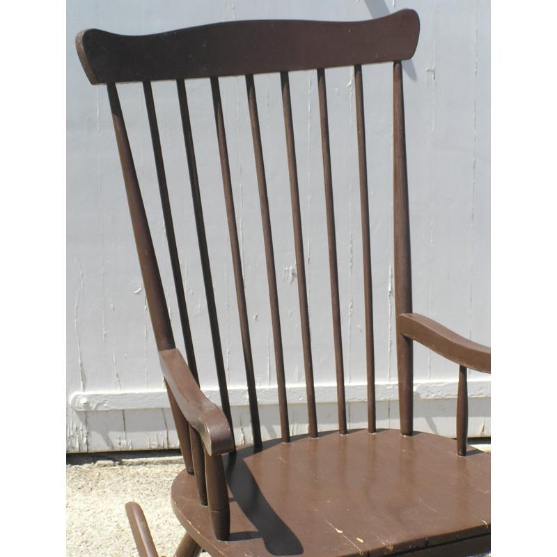fauteuil bascule en bois peint sur moinat sa antiquit s d coration. Black Bedroom Furniture Sets. Home Design Ideas