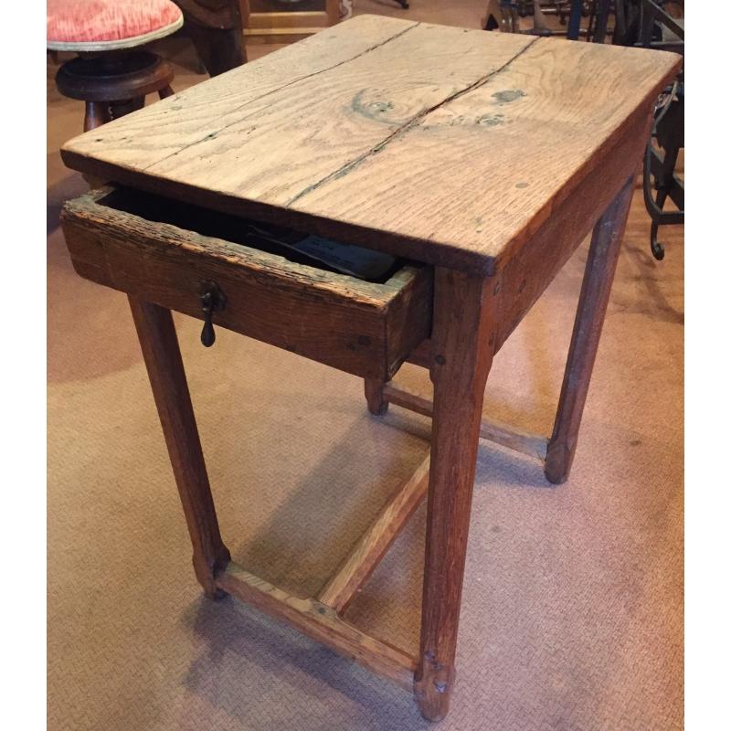 table louis xiii en ch ne avec 1 sur moinat sa antiquit s d coration. Black Bedroom Furniture Sets. Home Design Ideas