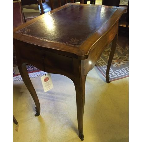 table chevet louis xv en merisier sur moinat sa antiquit s d coration. Black Bedroom Furniture Sets. Home Design Ideas