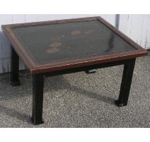 Paire de tables basses, en laque.
