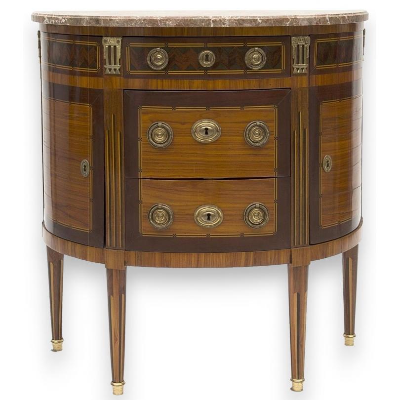 Commode demi-lune de style Louis XVI,