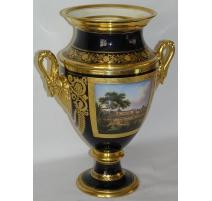 Vase col de cygne, en porcelaine bleu