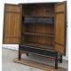 Armoire à 2 portes et 2 tiroirs, laquée en noir.